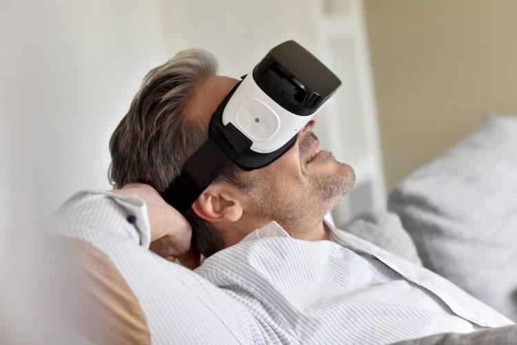 Virtual Reality Headset Comparison